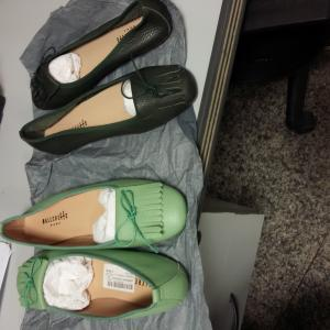 TS 1464 two pairs of shoes