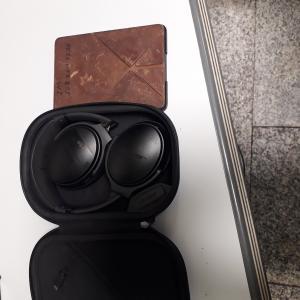 LF 3534 headphones and  kindle