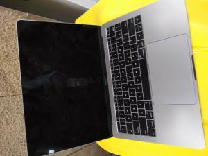 LF 3372 MacBook